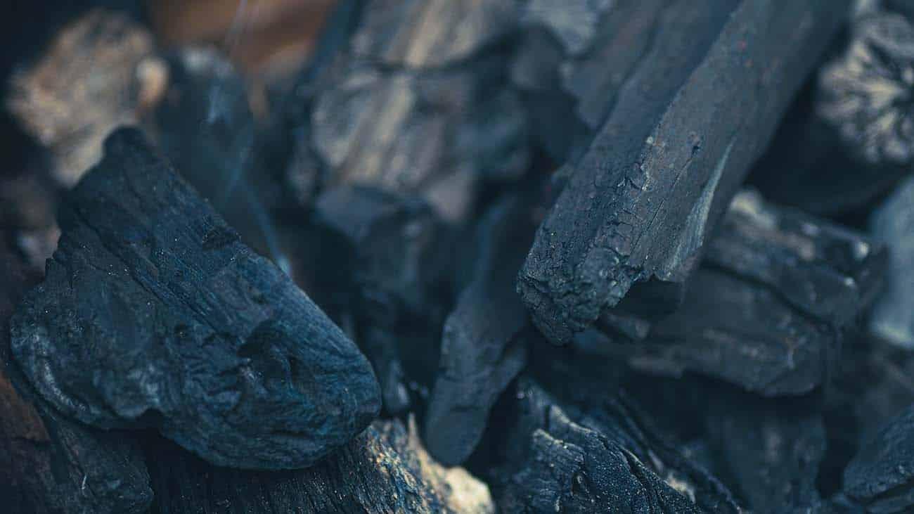 b&b houtskool en rookhout grote stukken